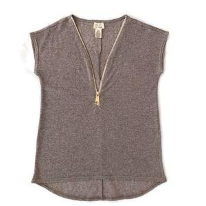 Andrea Jovine PM Zip Front Sleeveless Sweater Top